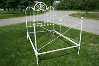 ANTIQUE WROUGHT IRON BED CAST IRON METAL BED BEST OFFER
