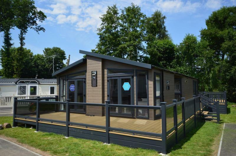 Static Caravan Hastings Sussex 2 Bedrooms 6 Berth Swift Whistler 2017 Coghurst