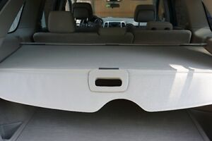 """Cargo Cover """" couvre bagage"""" OEM Jeep Grand Cherokee 2011-2016"""