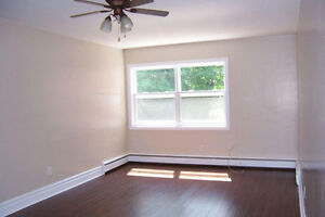2 BEDROOM SOUTH END-5 MINUTES FROM SAINT MARY'S