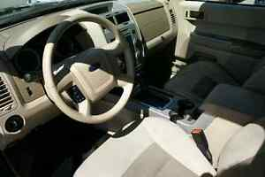 2008 Ford Escape XLT  London Ontario image 8