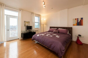 Condo in the most desirable area of Old Montreal 3 BDR