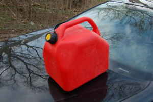 gas containers 20L       $5.00 /each