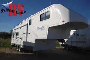 2005 TravelAire Genesis - Be a Genius with this 5th Wheel