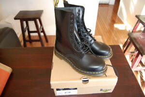 New Dr Martens Leather Boots, Model 1490W, Size US 11 Ladies