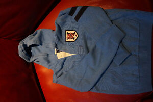 Tommy hood sweater 8-10 yrs boy West Island Greater Montréal image 1