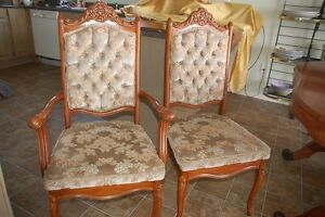 French Provincial Complete dining room table and 8 chairs