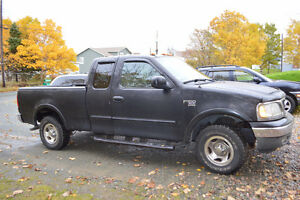 2002 Ford F-150   (4X4)