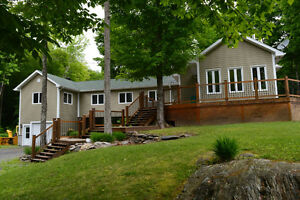 Piece of Paradise in Eastern Townships - 4 Bdrm, 11 acres, views West Island Greater Montréal image 1