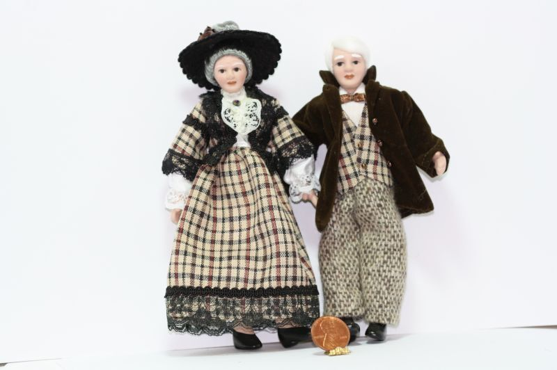 Dollhouse Grandmother and Grandfather Dolls