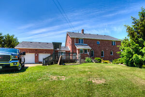3.7 acre country property, minutes to Drayton