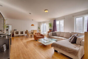 Condo Montreal 2 CAC/BDRMS,1442pc, Stationnement,