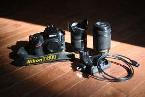 Nikon D800 with Memory Cards and Lenses