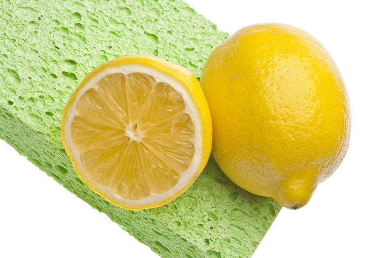 8 SURPRISING WAYS TO CLEAN WITH LEMON!