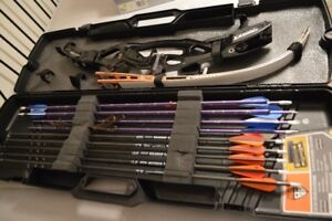 Traditional Olympic HOYT Bow Set in the Case
