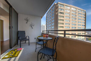 BEAUTIFUL CONDO IN THE HEART OF DOWNTOWN LONDON! London Ontario image 12