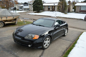 2004 Hyundai Tiburon Coupe (2 door)