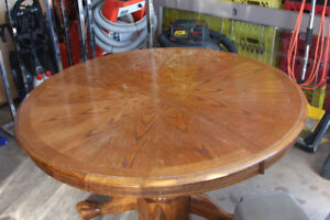 Oak Carved Dining Table and 6 Chairs