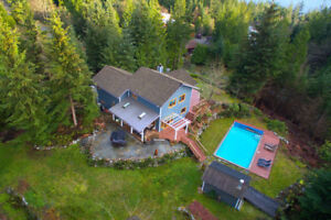 Private  3 Acre Custom Home on South Slope - 310 Forest Ridge
