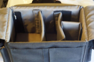 Optex camera bag with dividers in excellent condition