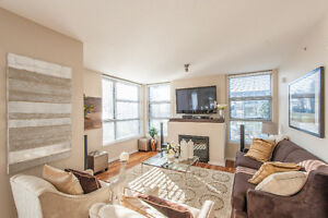 Ocean Front Executive Rental in White Rock, fully furnished!