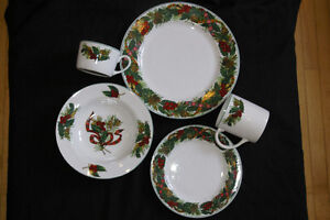 Christmas Dishes Wanted