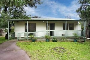2br Rear House/Bungalow walk to Box Hill, no water bill Box Hill North Whitehorse Area Preview