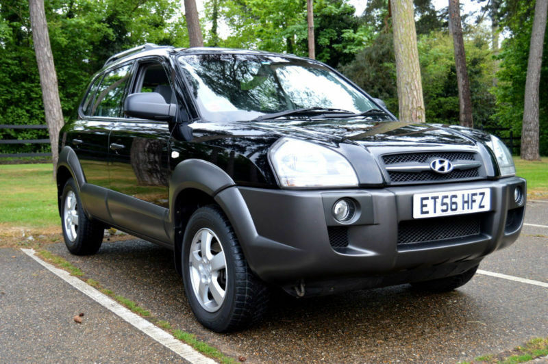 2007 hyundai tucson 2 0 crtd turbo diesel automatic black. Black Bedroom Furniture Sets. Home Design Ideas