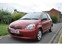 Toyota Yaris 1.0 VVT-i Colour Collection 3dr (full service history)