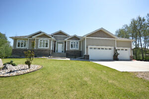 Beautiful Home on 1.57 Acres in Rural Bonnyville