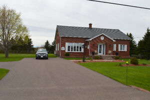 Shediac Area - Just Reduced by 20K !!   Price to Sell !!!
