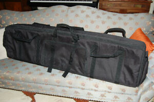 Levy's padded gig bag for electronic piano/keyboard