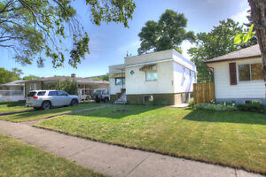 South Side 2 Bedroom Basement Suite by Hospital & Gyro Park $795