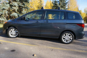 ***2012 Mazda5 GS Fully maintained. Clean. No problem***