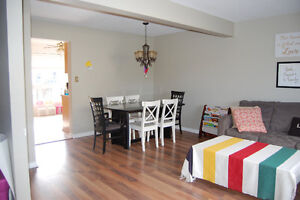 Townhouse with Garage - 3 BDR, 1.5 Bath, East London 1st Jan London Ontario image 1