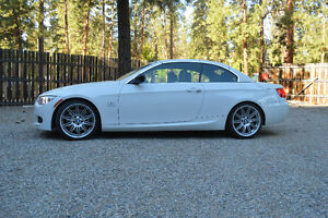 2011 BMW 3-Series Convertible is