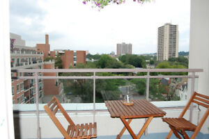 Boutique 1 Bedroom Condo Steps to Yorkville/Summerhill/Rosedale