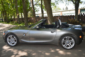 2004 BMW Z4 3.0i Coupe (2 door)