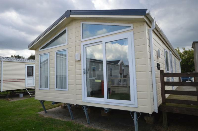 Luxury Lodge Lowestoft Suffolk 2 Bedrooms 6 Berth Delta Desire 2016 Broadland