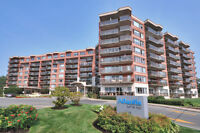 Condo with water view (Pointe Claire)