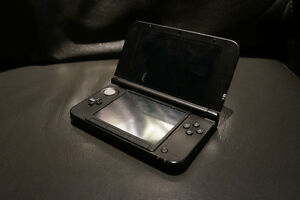3DS XL - Red, Games + Charger included. Great Gift idea!