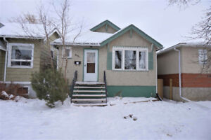 EXCELLENT 3BD. RENTAL - GREAT LOCATION