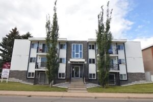 Whiteridge Apts - Super 2 BDR - Walk to LRT & Amenities