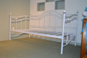 Day Bed with twin mattress - rarely used