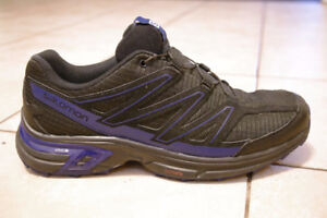 Men's Salomon Wings Access Trail Running Shoes Size 9
