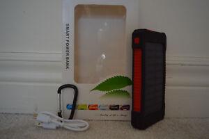 Brand New Solar Power Bank charger with 20000 mAh battery Oakville / Halton Region Toronto (GTA) image 8