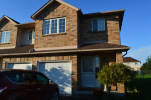 MOVE IN NOW!!  FOR RENT ON THE MTN.  3 BR. $1,899.00   UTILS