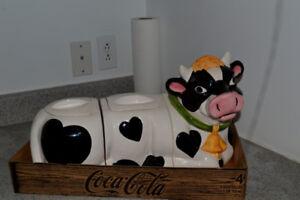 Vache jarre à biscuits bonbons café 3 sections