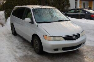2002 Honda Odyssey EX - mini van