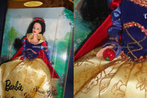 Barbie Doll as Snow White with Red Apple NEW Mattel Boxed